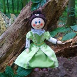 Noblewoman green