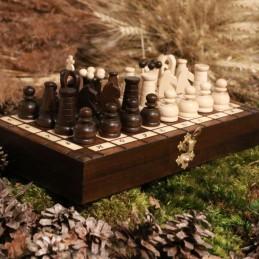 Šachy, hnědé