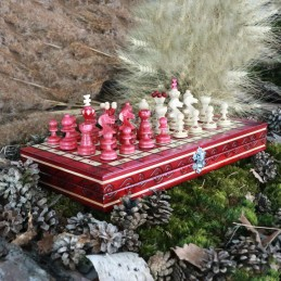 Chess, burgundy